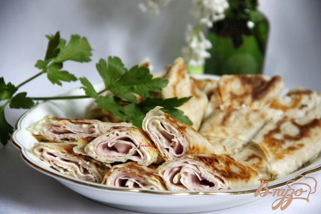 Рецепт Рулетики из турецкого лаваша бёрек с начинками из тунца и ветчины