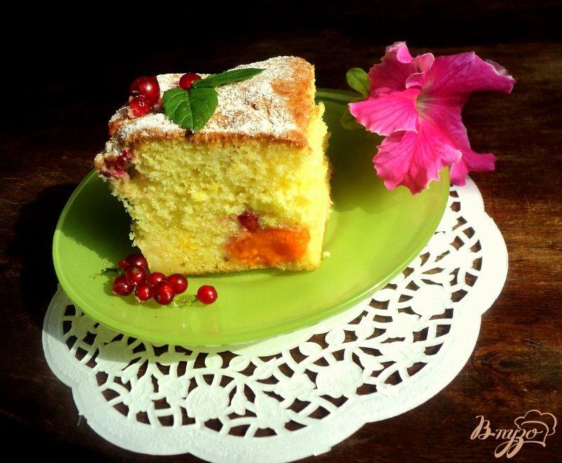 Фото приготовление рецепта: Пирог с абрикосами шаг №5