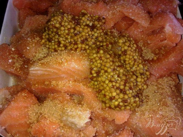 Фото приготовление рецепта: Лосось в остро-сладком маринаде шаг №4