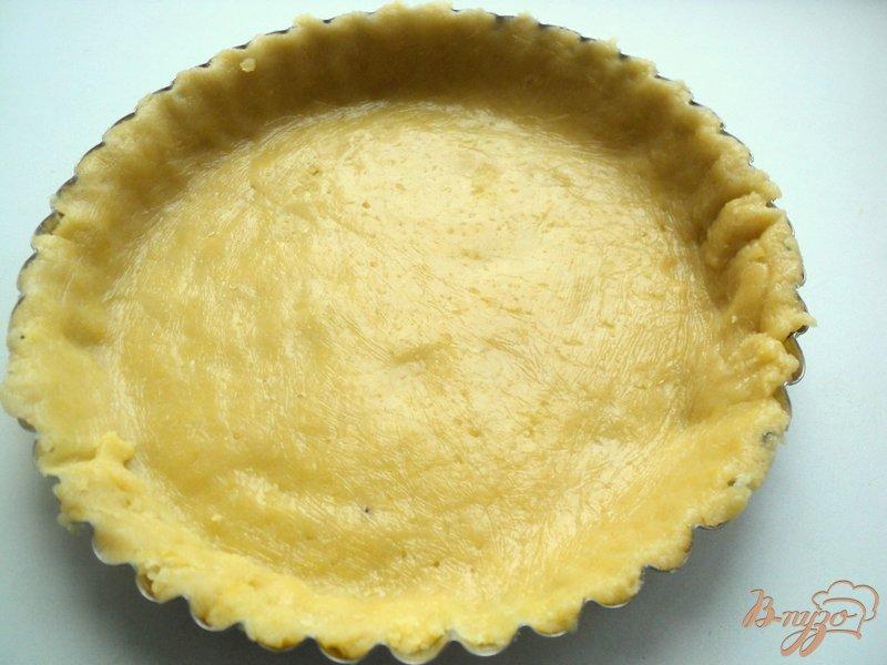 Фото приготовление рецепта: Тарт со смородиной и творогом шаг №3