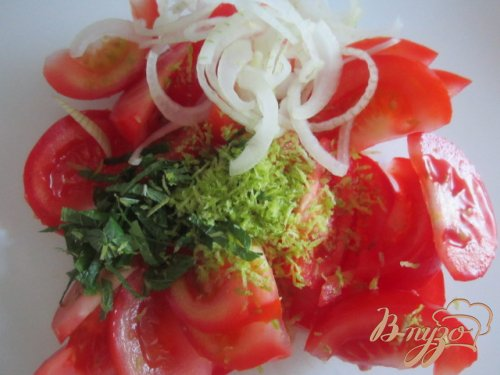 Салат из свежих помидор с имбирем