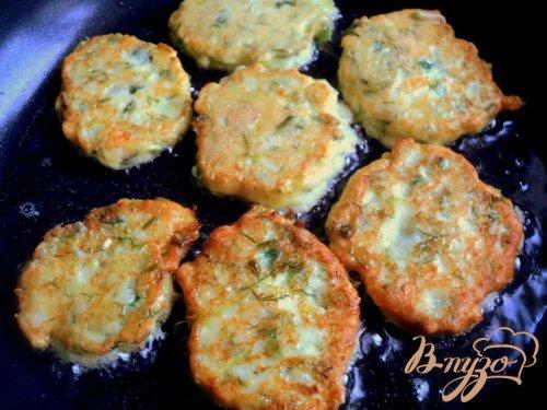 Сырники с кабачками и зеленью