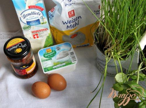 Творожные блинчики с зеленью и вялеными томатами