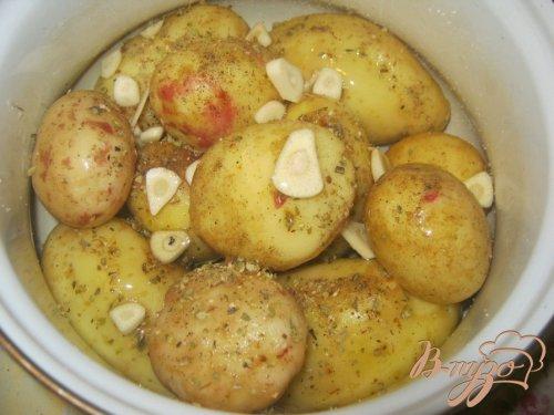 Картофель под сыром в фольге