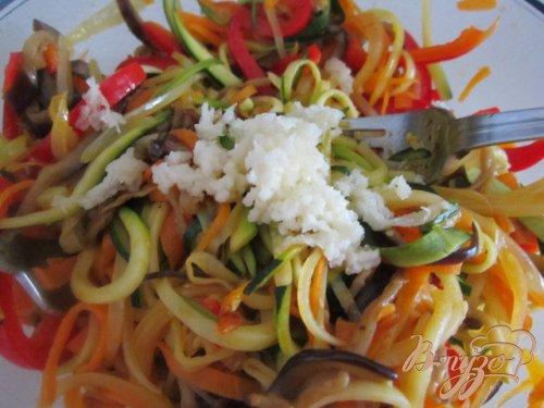 Овощной салат (острый)