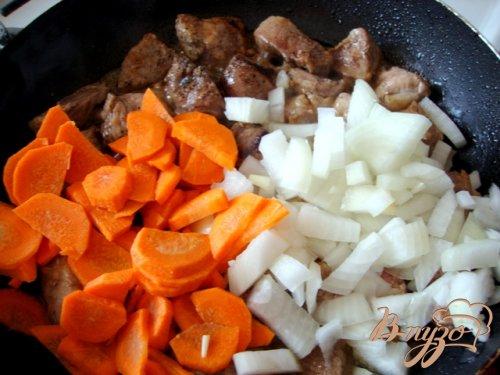 Мясо тушёное с овощами