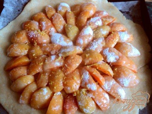 Кростата с абрикосами