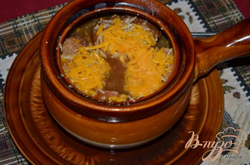 Луковый суп с богатым вкусом