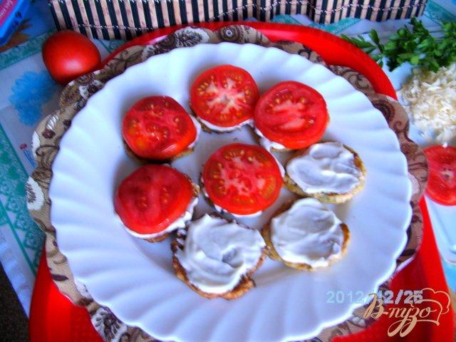 Фото приготовление рецепта: Кабачки под  сыром шаг №4