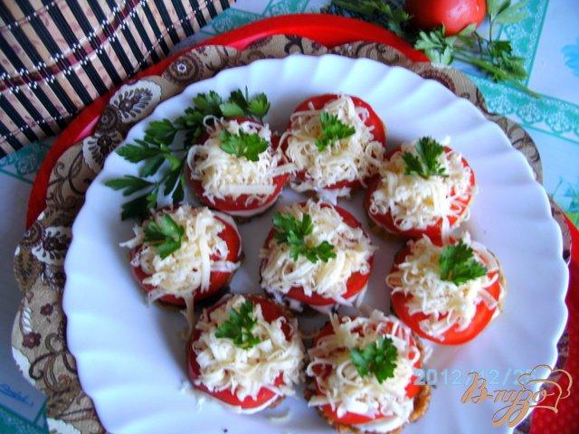 Фото приготовление рецепта: Кабачки под  сыром шаг №5