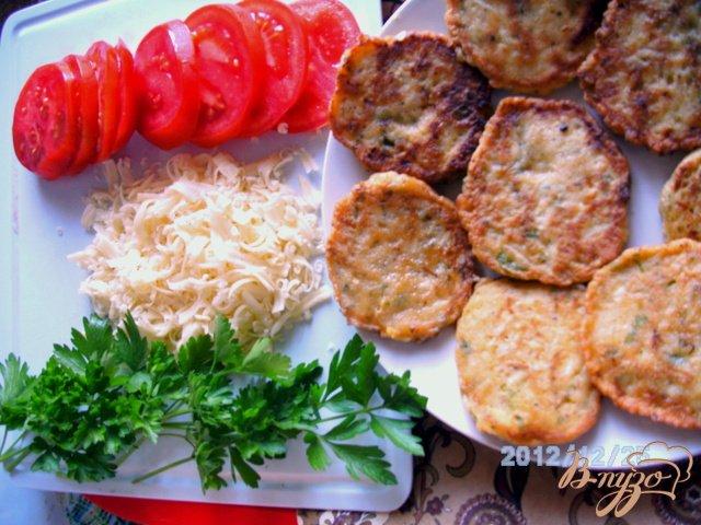Фото приготовление рецепта: Кабачки под  сыром шаг №3