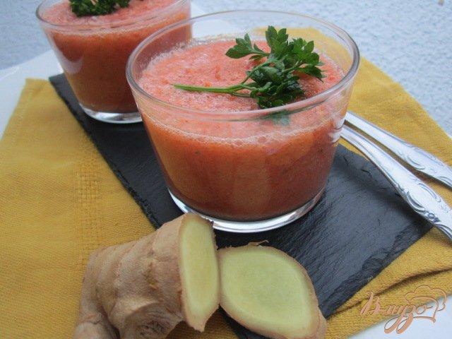 Фото приготовление рецепта: Гаспачо с грушей и имбирем шаг №3