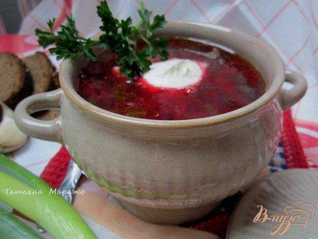 Фото приготовление рецепта: Свекольный суп с ботвой шаг №10