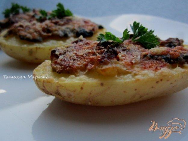 Рецепт Картофельные лодочки с грибами и луком пореем