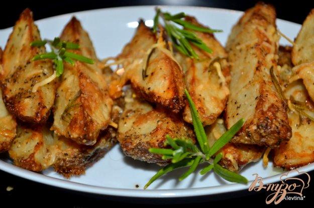 Рецепт Картофель дольками с розмарином и пармезаном