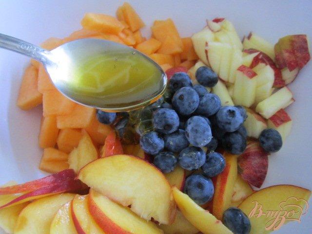 Фото приготовление рецепта: Фруктовый салат шаг №5