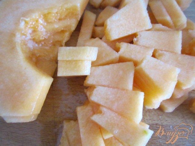 Фото приготовление рецепта: Фруктовый салат шаг №2