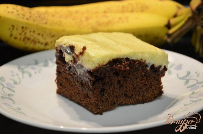 Фото приготовление рецепта: Банановый брауни шаг №4