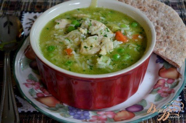 фото рецепта: Суп куриный с зеленым горошком