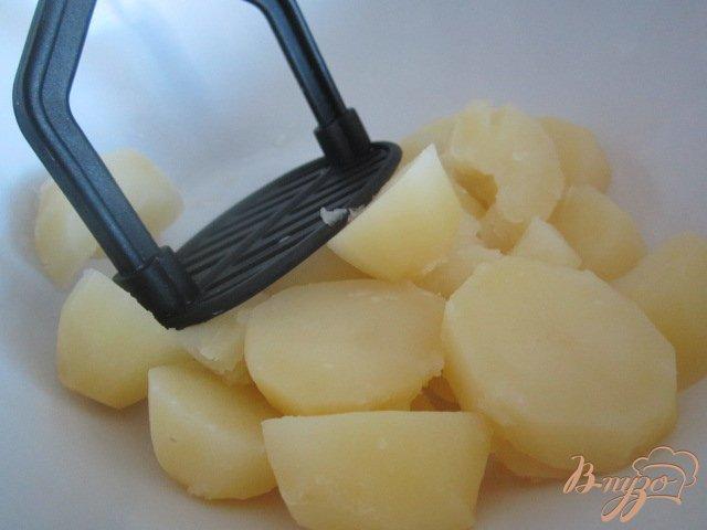 Фото приготовление рецепта: Картофельные клецки с куриным мясом шаг №1
