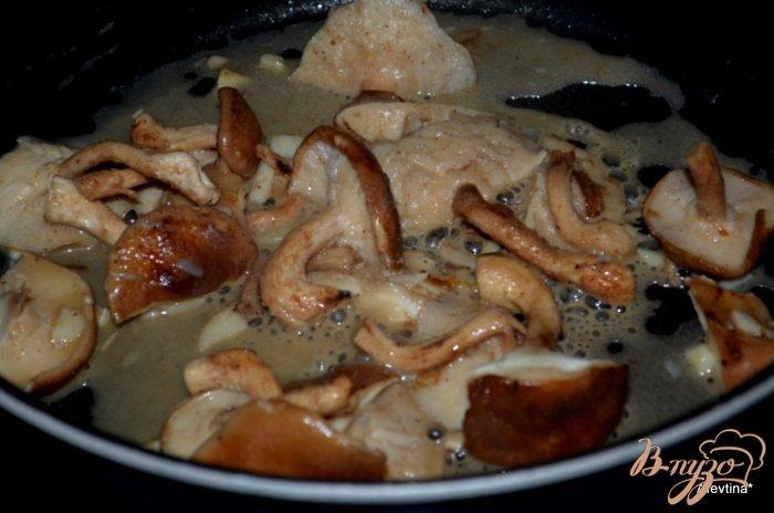 Фото приготовление рецепта: Картофельная галета с грибами шаг №1