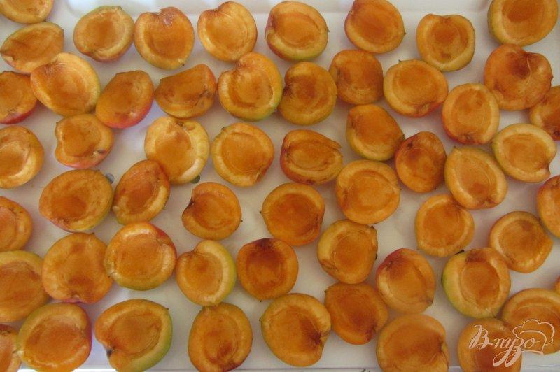 Фото приготовление рецепта: Замороженные абрикосы шаг №4