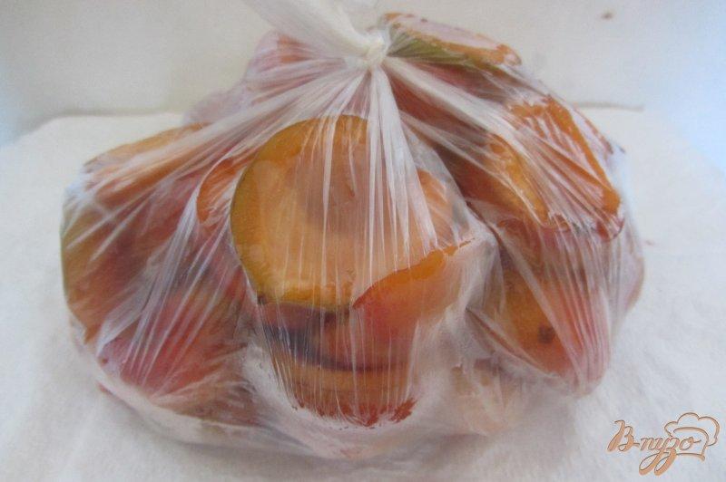 Фото приготовление рецепта: Замороженные абрикосы шаг №6