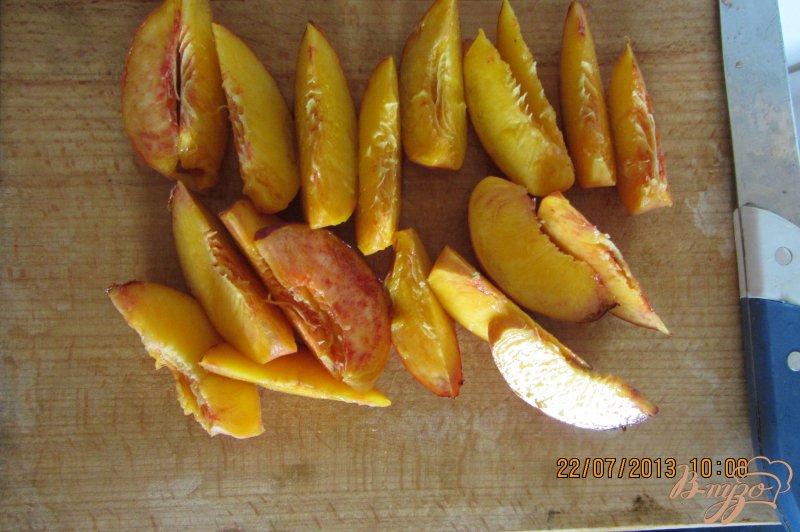Фото приготовление рецепта: Замороженные персики шаг №2