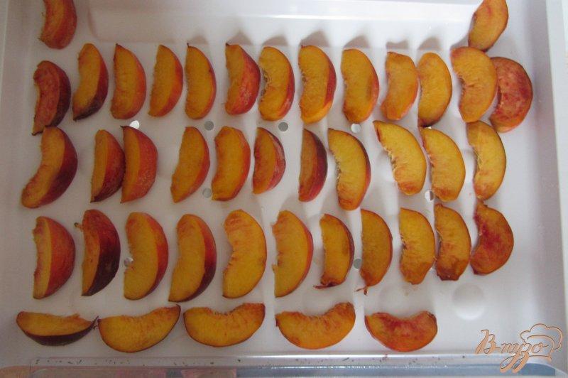 Фото приготовление рецепта: Замороженные персики шаг №3