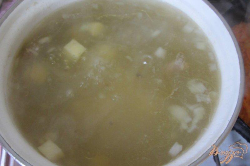 Фото приготовление рецепта: Макаронный суп с куриными сердечками шаг №2