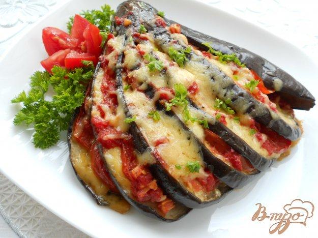 Рецепт Баклажаны, фаршированные помидорами и сыром