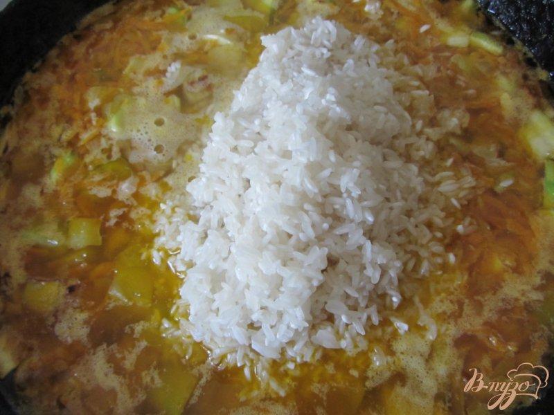 Фото приготовление рецепта: Кабачки тушеные с рисом шаг №8