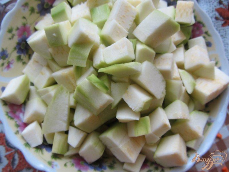 Фото приготовление рецепта: Кабачки тушеные с рисом шаг №1