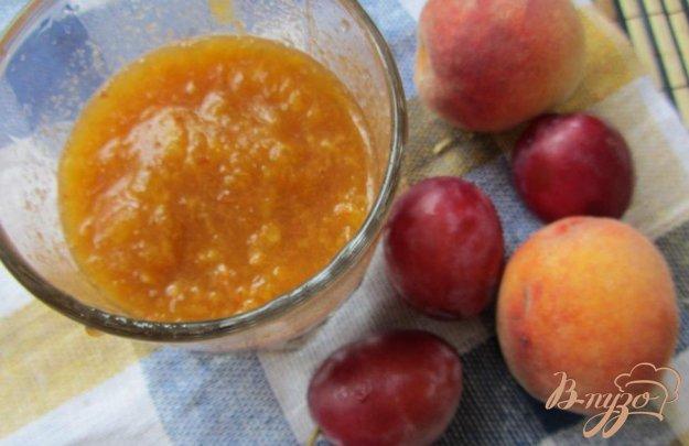 фото рецепта: Cливово-персиковый десерт