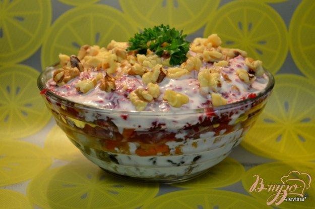 Рецепт Салат слоеный с черносливом