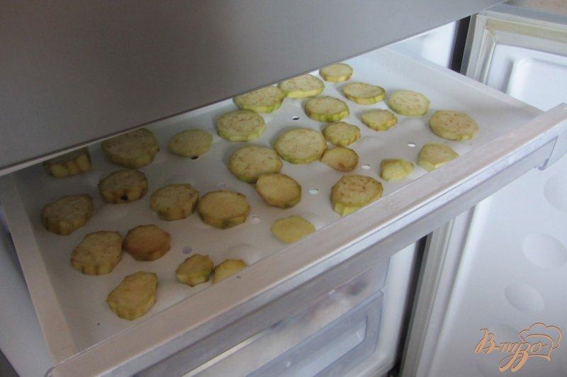 Фото приготовление рецепта: Замороженные баклажаны шаг №4
