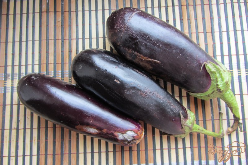 Фото приготовление рецепта: Замороженные баклажаны шаг №1