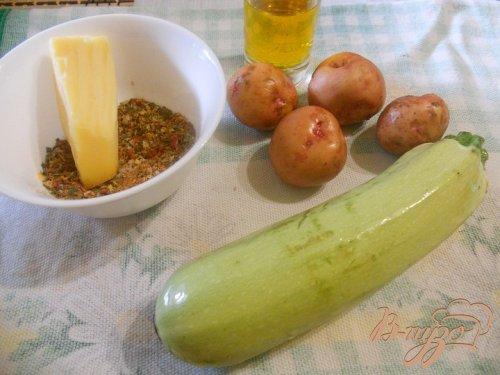 Запеченный картофель с кабачками