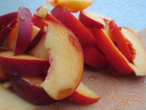 Тарт с персиками