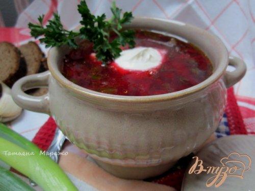 Свекольный суп с ботвой