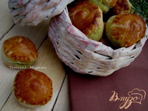 Закусочные слойки с маслинами
