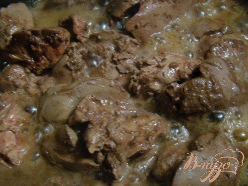 Куриная печень с горчицой и сметаной
