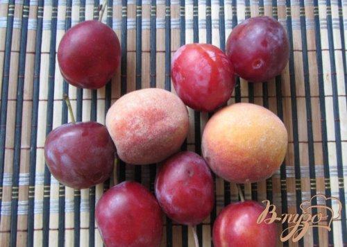Cливово-персиковый десерт
