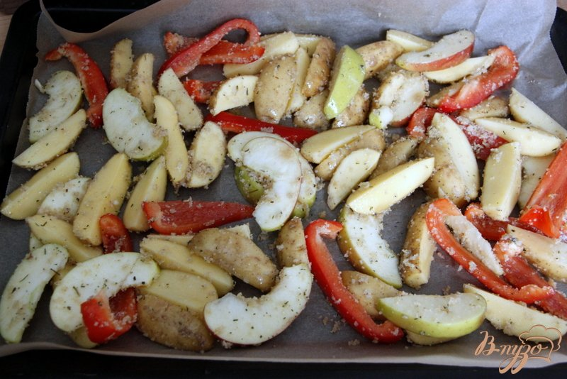 Фото приготовление рецепта: Картофель по-итальянски шаг №4