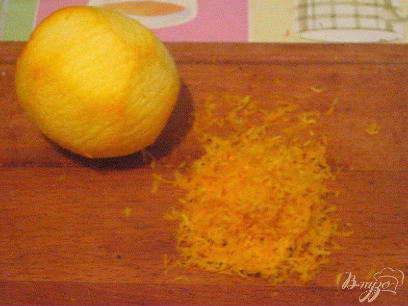 Фото приготовление рецепта: Шоколадно-апельсиновый кекс шаг №2