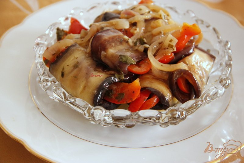 Фото приготовление рецепта: Баклажаны по-грузински шаг №8