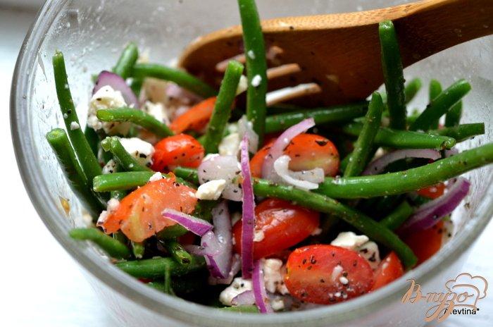 Фото приготовление рецепта: Салат  с зеленой фасолью шаг №4