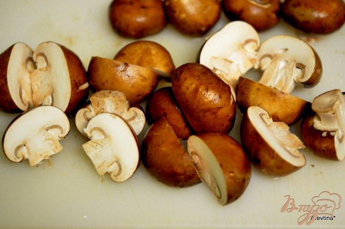 Фото приготовление рецепта: Говядина тушеная с грибами шаг №2