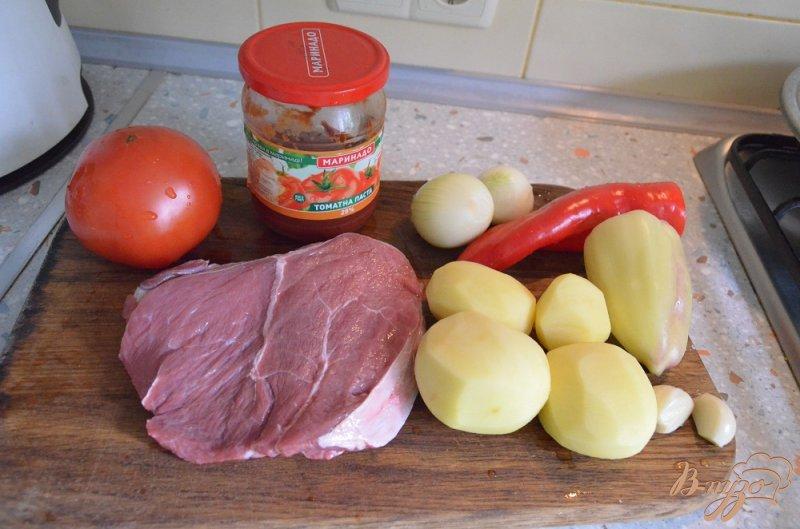 Фото приготовление рецепта: Венгерский суп-гуляш шаг №1