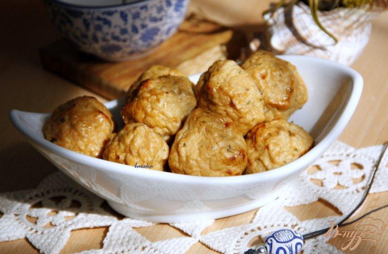 Фото приготовление рецепта: Куриные котлетки с яблочком шаг №5